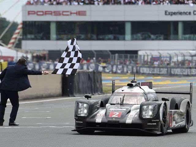 Porsche conseguiu a décima-oitava vitória em Le Mans (Foto Porsche)