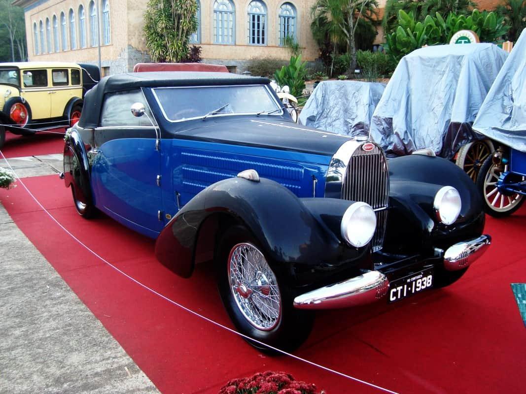 Este Bugatti tipo 57 foi o vencedor da edição passada