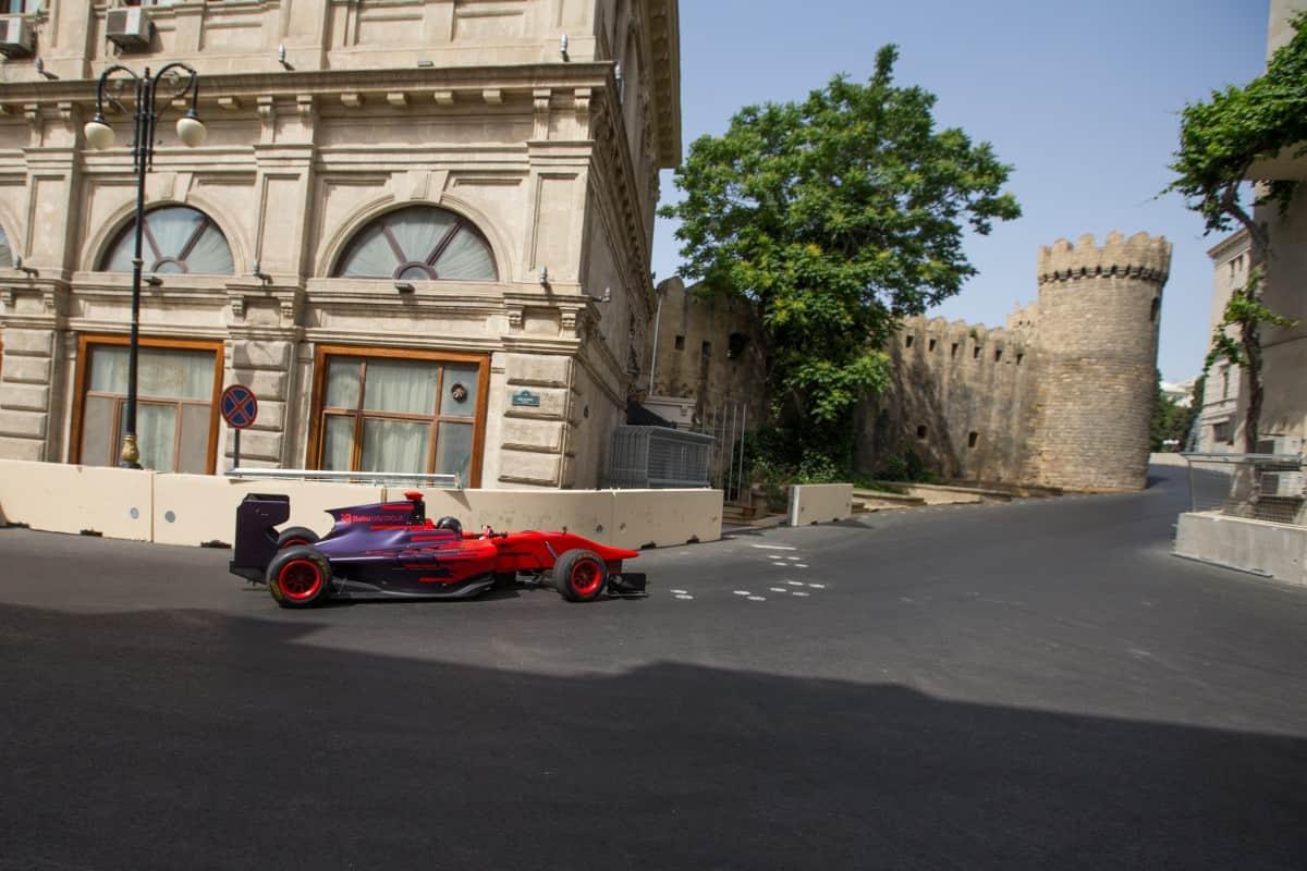 Circuito de Baku, no Azerbaijão, é uma lufada de ar fresco em tempos de pistas artificiais (Foto BakuCircuit.Com)
