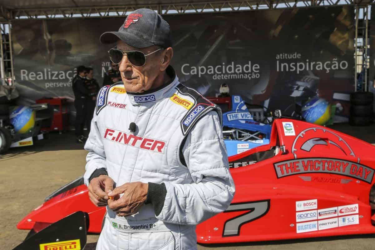 Artur Bragantini, veterano piloto e instrutor, vai colaborar na formação e treinamento de pilotos (Foto Rodrigo Ruiz)