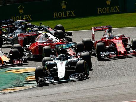 Nico Rosberg só teve companhia no início da prova (Foto Mercedes)