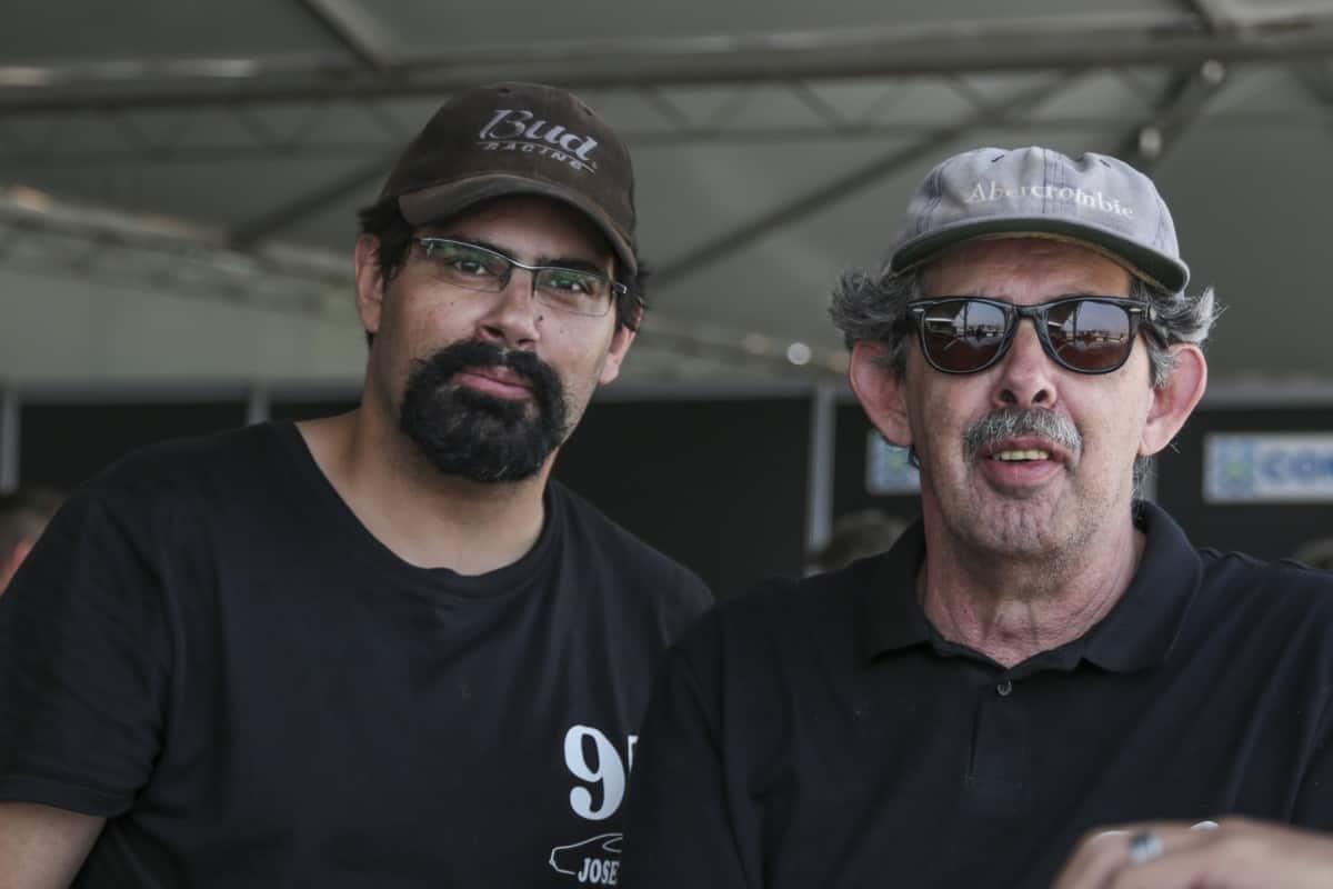 Rodrigo e Caíto Queiroz Telles, pai e filho unidos no entusiasmo pelo automobilismo (Foto Rodrigo Ruiz)