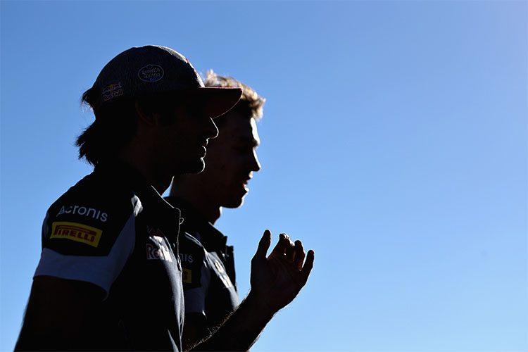 Sainz (E) e Kvyat finalmente confirmados para seguir na Toro Rosso em 2017 (Foto Red Bull)