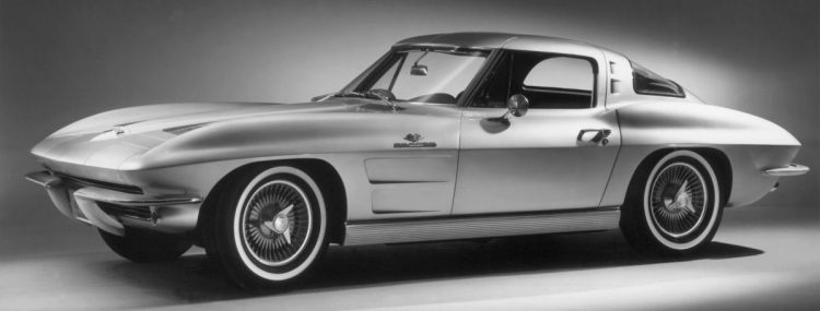 1963-chevrolet-corvette-sting-ray-front-angle-e1319856271135