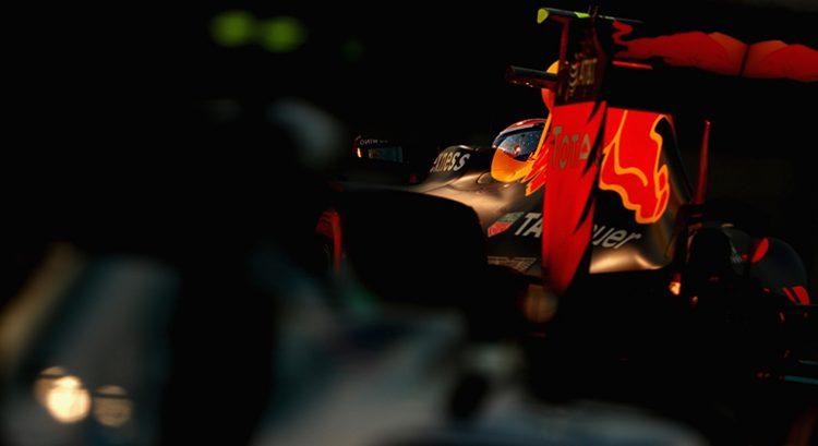 Destaque maior do GP do Brasil, Max Verstappen teve atuação mais discreta em Yas Marina (Foto Red Bull/Getty Images)