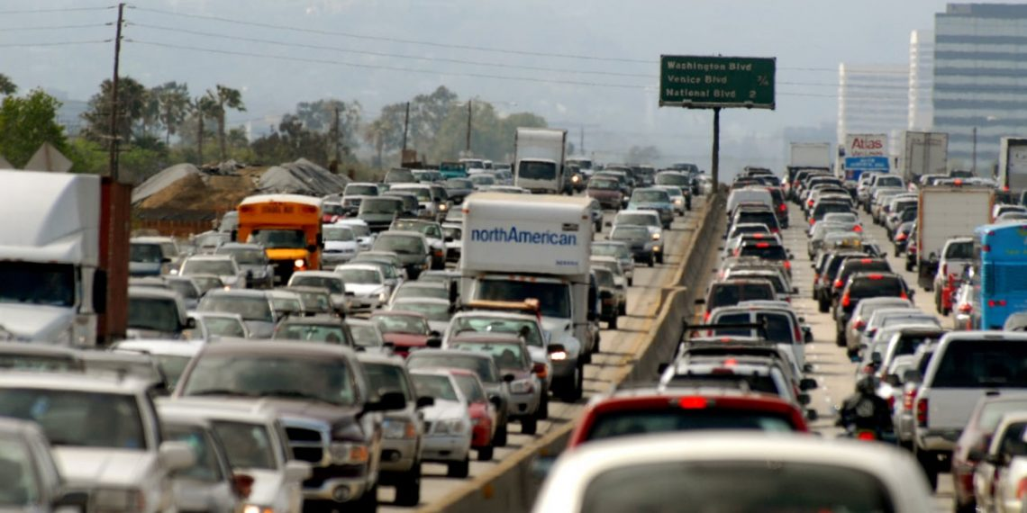 UNITED STATES - MAY 18:  Commuters clog a freeway on Friday, May 18, 2007, in Los Angeles, California.  (Photo by Jamie Rector/Bloomberg via Getty Images)