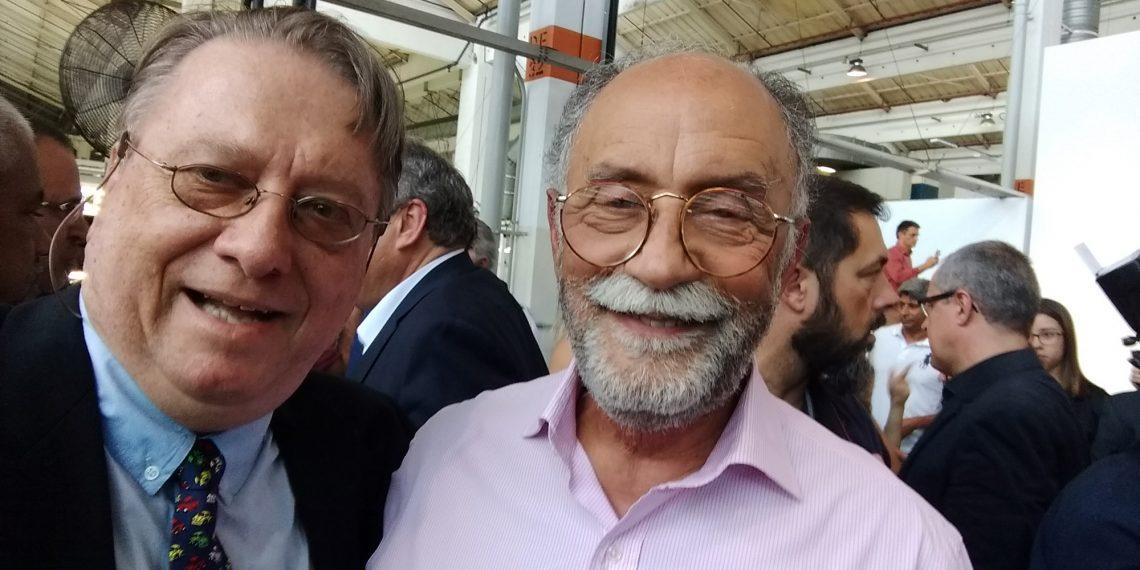 Eu e o amigo de longa data Roberto Nasser, colunista do AE