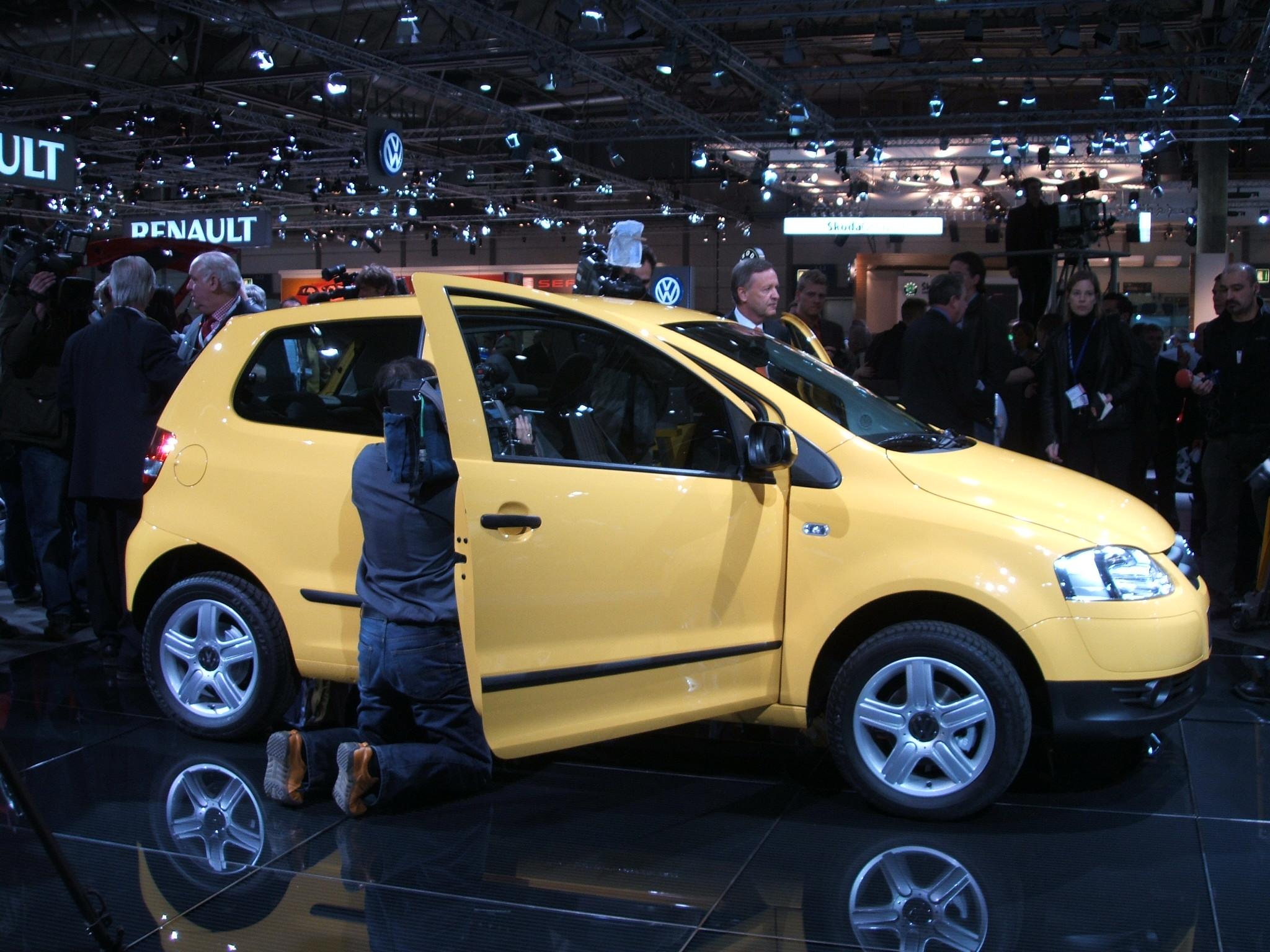 Lancamento do Fox Europa. O carro foi elogiado pela imprensa alemã eb90620e84