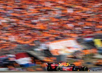 Max /Verstappen diante da torcida holandesa (Foto: Getty Images)