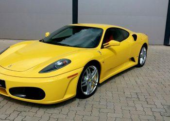 Ferrari F430 / Foros: GWA Comnic. Integrada)