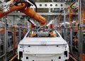 Foto conforme publicada na matéria da Automotivee News Europe - Audi A8 em produção na  fábrica de Neckarsulm