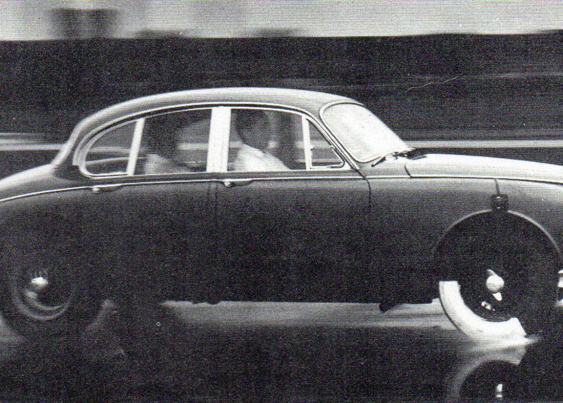 Foto: Enciclopédia do Automóvel/Dunlop