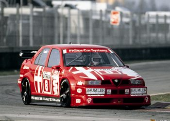 Alfa Romeo 155 V-6 Ti (fonte: favcars)